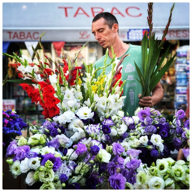 florist at Rennes Market