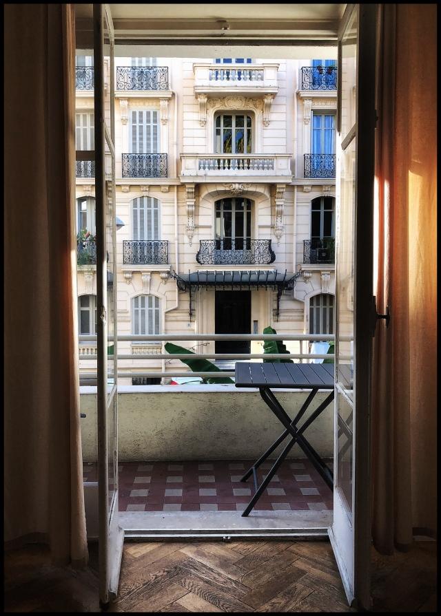 Nice France avenue des fleurs apartment 2018