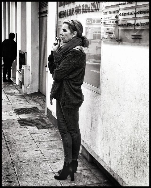 smoker, Nice, France iphone November 2018